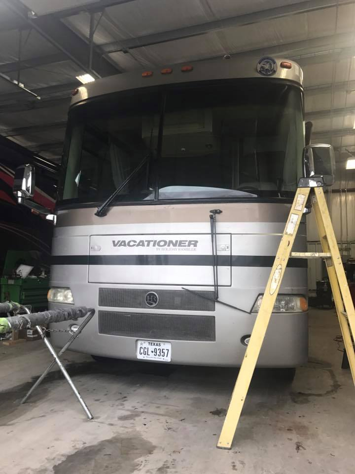 RV Windshield Replacement: Lubbock, Amarillo & Midland, TX